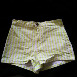 Forever 21 Women Lime Green and White Shorts 26